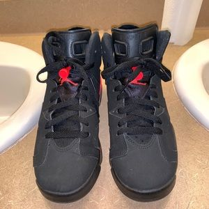 Jordan's 6's